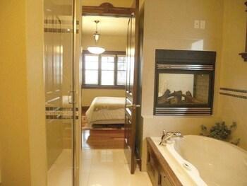西山河酒店