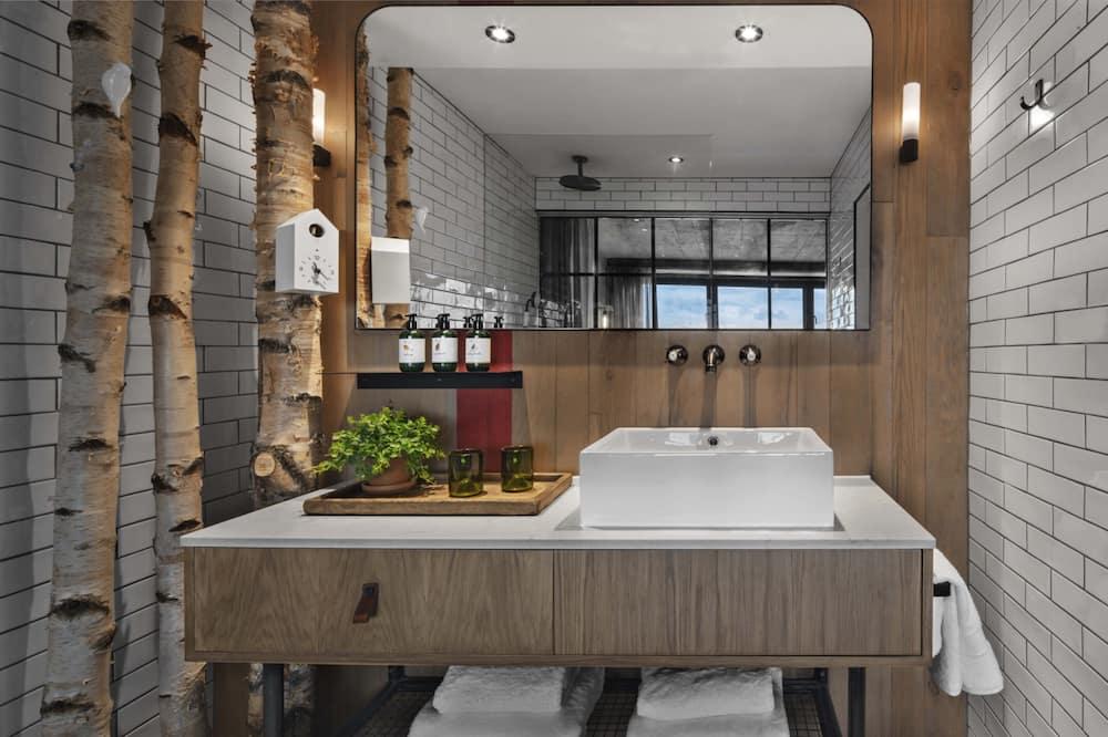 Kamer, 1 queensize bed (Skyline) - Badkamer