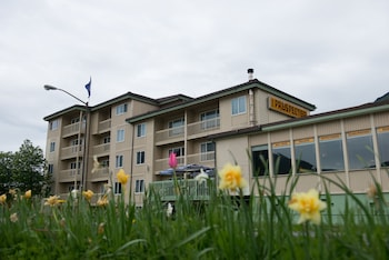 Picture of Prospector Hotel in Juneau
