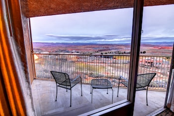 Picture of Quality Inn View of Lake Powell - Page in Page