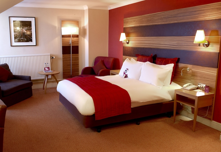Crowne Plaza Chester, Chester, Executive Room, 1 Double Bed, Non Smoking, Business Lounge Access, Guest Room