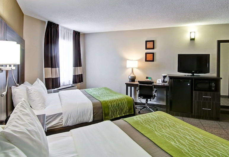 Comfort Inn St. Catharines, St. Catharines, Standard Room, 2 Queen Beds, Non Smoking (No Pets Allowed), Guest Room