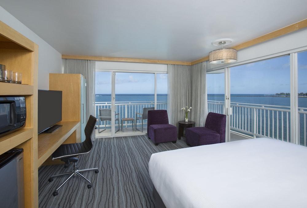 Book grand naniloa hotel hilo a doubletree by hilton for Inter island hotel furniture