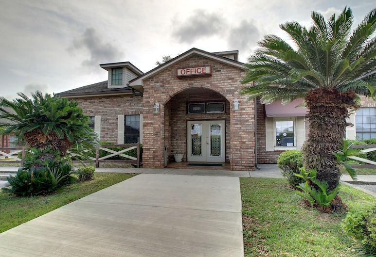 Key West Inn - Pensacola, Pensacola, Entrée de l'hôtel