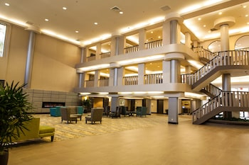 Picture of Ontario Convention & Airport Hotel in Ontario