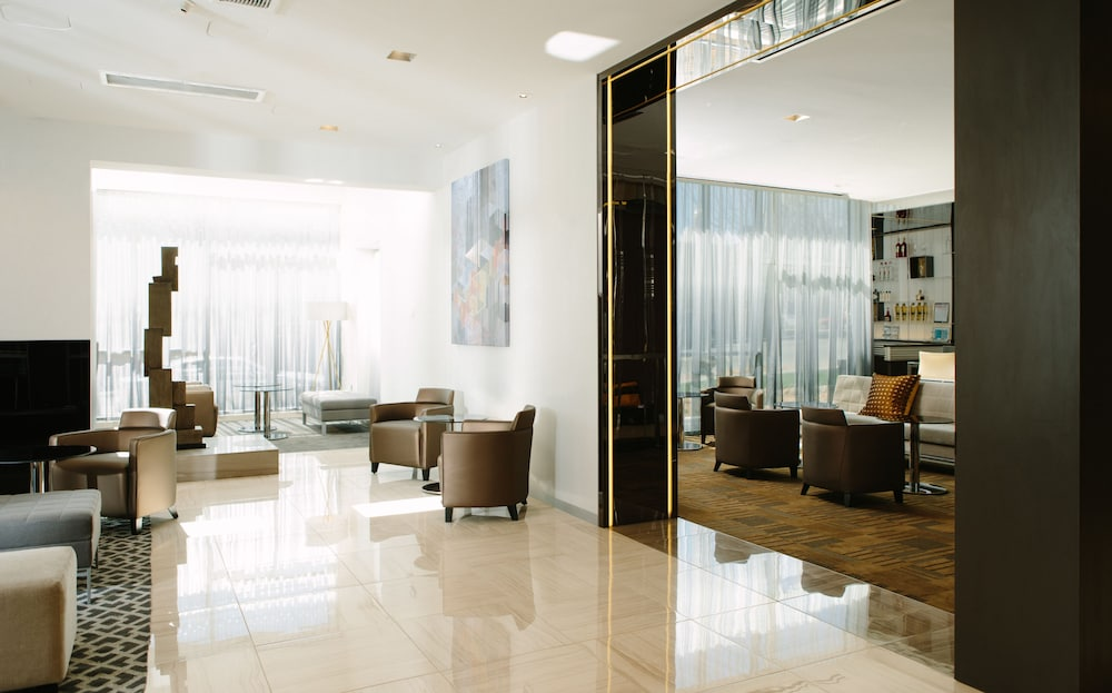 Ac Hotels By Marriott Kansas City Westport Lobby