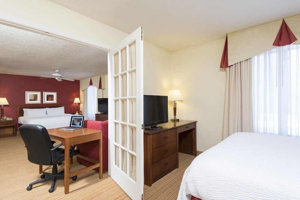 Residence Inn By Marriott Kalamazoo East, Kalamazoo, Suite, Kitchen, Guest  Room