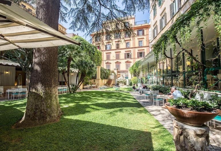 Hotel Quirinale, Roma, Exterior