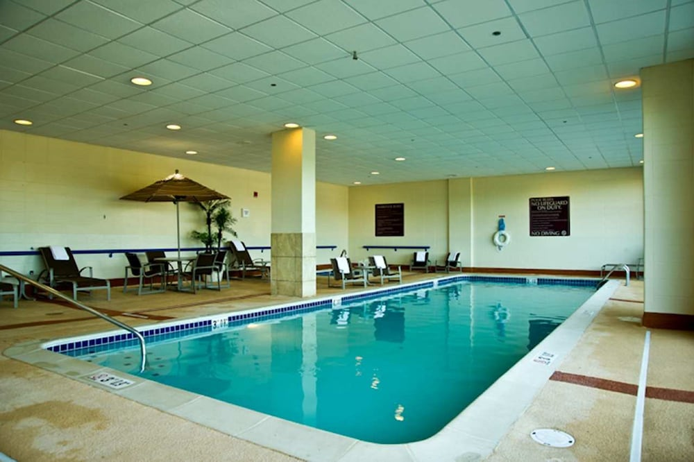 Book Southfield Suites in Southfield | Hotels.com