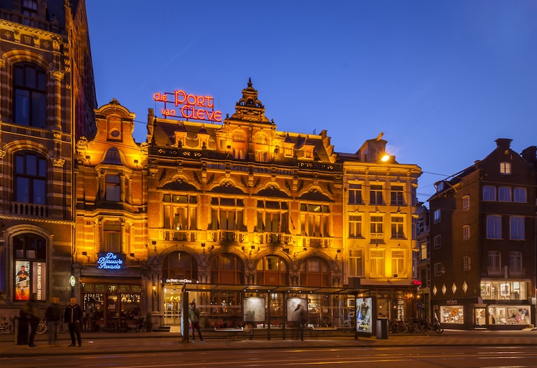 Die Port van Cleve Hotel, Amsterdam, Hotel Front – Evening/Night