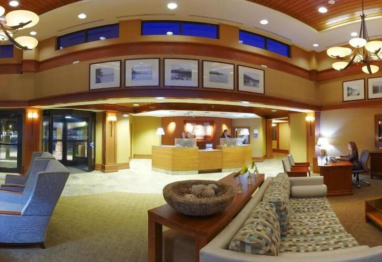 Holiday Inn Lake George Turf, an IHG Hotel, Lake George, Lobby