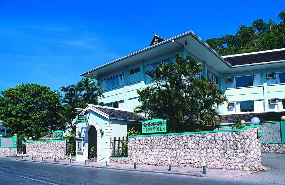 Doctors Cave Beach Hotel Montego Bay