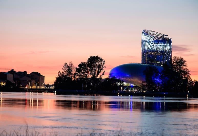 Mercure Bordeaux Cité Mondiale Centre Ville, Bordo, Havadan Görünüm
