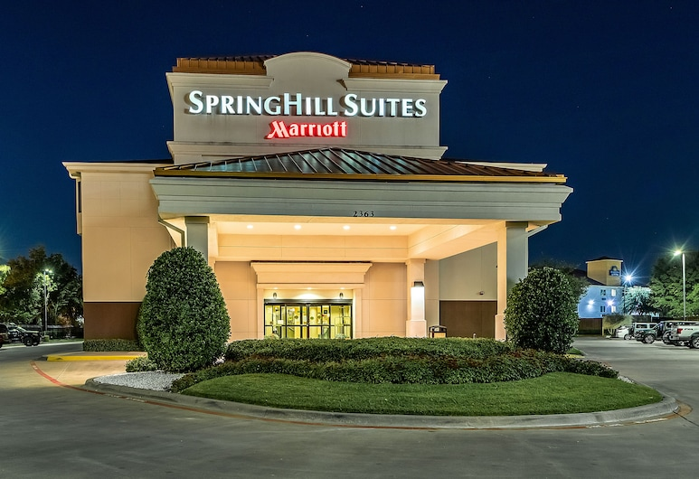 SpringHill Suites by Marriott Dallas NW Hwy/I35E, Dallas, Ingang van hotel