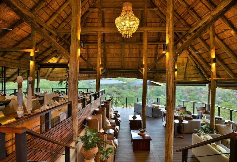 Victoria Falls Safari Club, Victoria Falls, Āra ēdināšanas zona