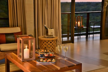 Enter your dates for our Victoria Falls last minute prices