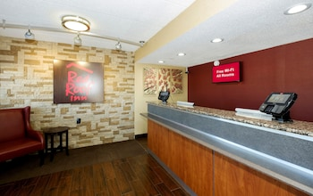Picture of Red Roof Inn Columbus West - Hilliard in Columbus