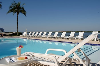 Picture of DoubleTree by Hilton Tampa Rocky Point Waterfront in Tampa