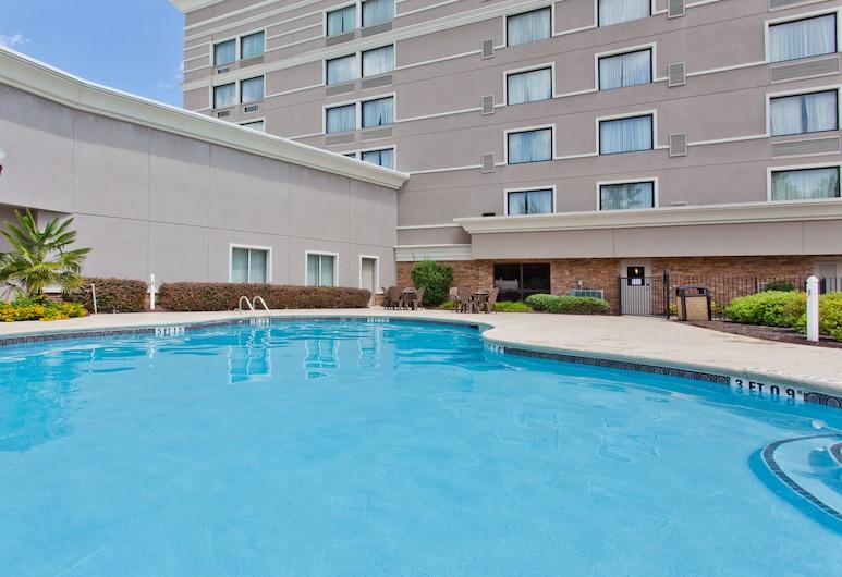 Columbia Northeast Hotel, Columbia, Pool