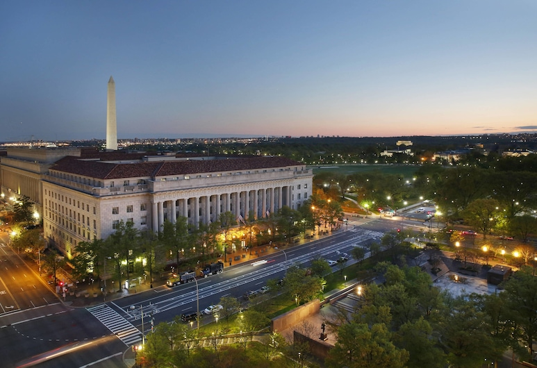 JW Marriott Washington DC, Washington, Executive Room, 1 King Bed, View, Executive Level (Pennsylvania Avenue View), Guest Room View