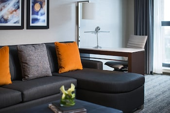 Picture of Chicago Marriott Suites O'Hare in Rosemont
