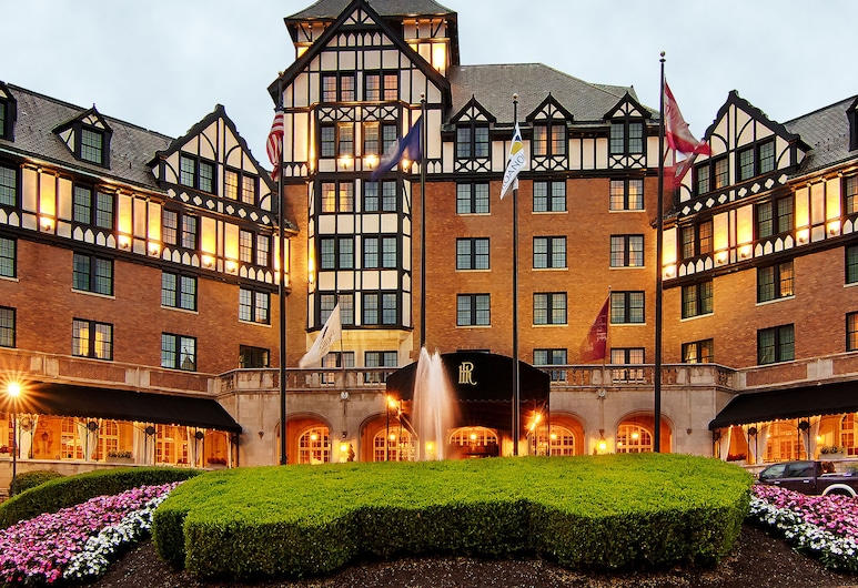 Hotel Roanoke & Conference Ctr, Curio Collection by Hilton, Roanoke, Hotel Front