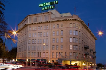 Picture of Crockett Hotel in San Antonio