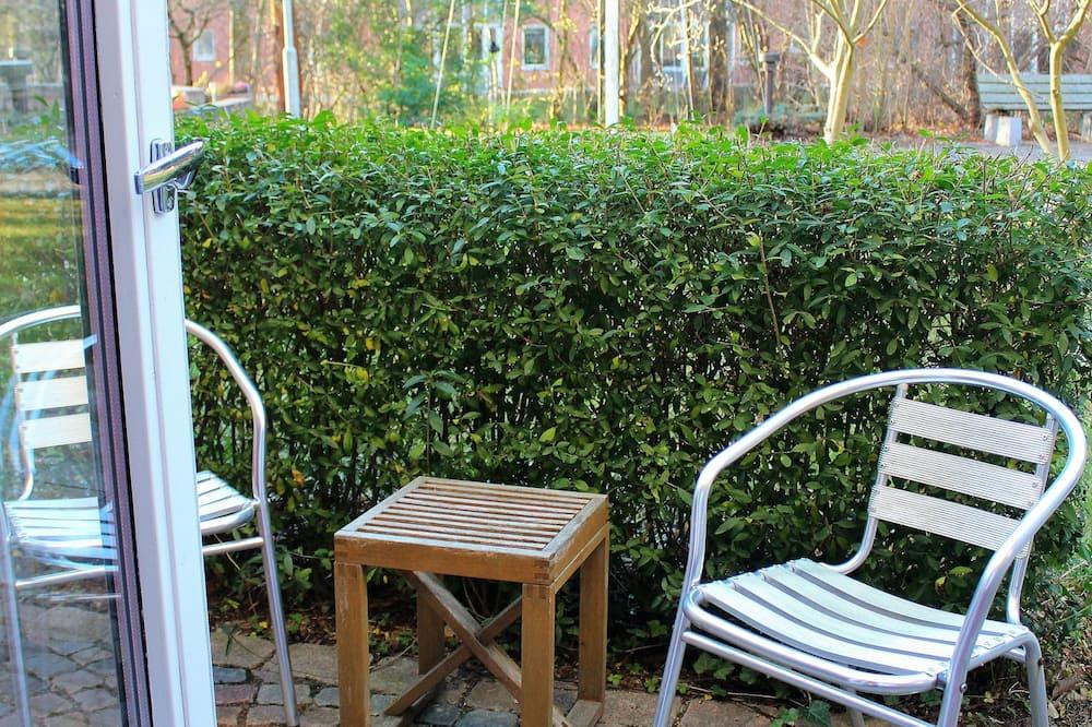 Economy Double with terrace, Half Board (140 cm Queen bed) - Garden View