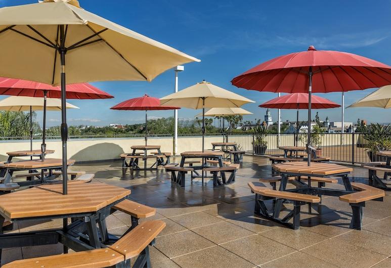 Desert Palms Hotel & Suites, Anaheim, Breakfast Area