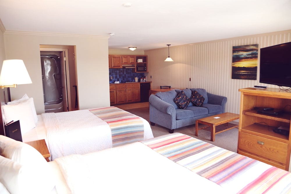 Coachman Inn U0026 Suites, Oak Harbor