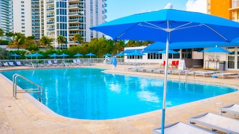 Fotografia hotela (Ramada Plaza by Wyndham Marco Polo Beach Resort) v meste Sunny Isles Beach