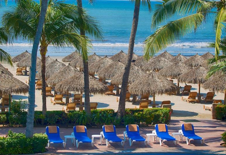 Paradise Village Beach Resort and Spa, Nuevo Vallarta, Pláž