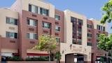 Choose This 3 Star Hotel In Santa Monica
