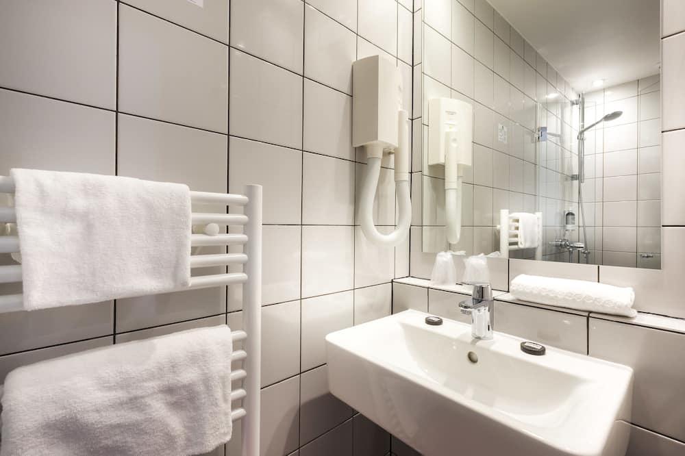 Comfort Oda, Avlu Manzaralı - Banyo