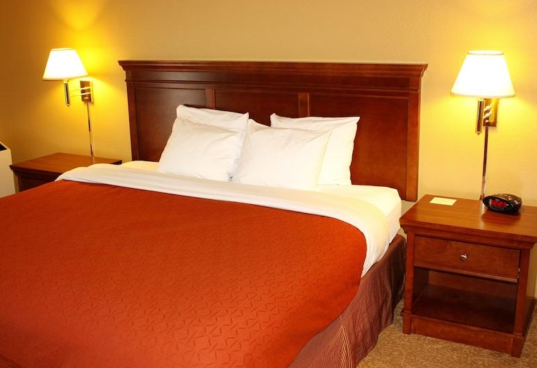 Country Inn & Suites by Radisson, Regina, SK, רגינה, חדר, מיטת קינג, ללא עישון (Upper Floor), חדר אורחים