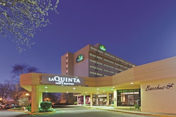 ภาพ La Quinta Inn & Suites Secaucus-Meadowlands ใน เซคอคัส