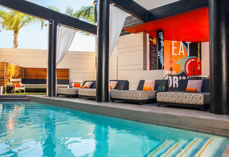 Hotel Derek, Houston, Piscina externa