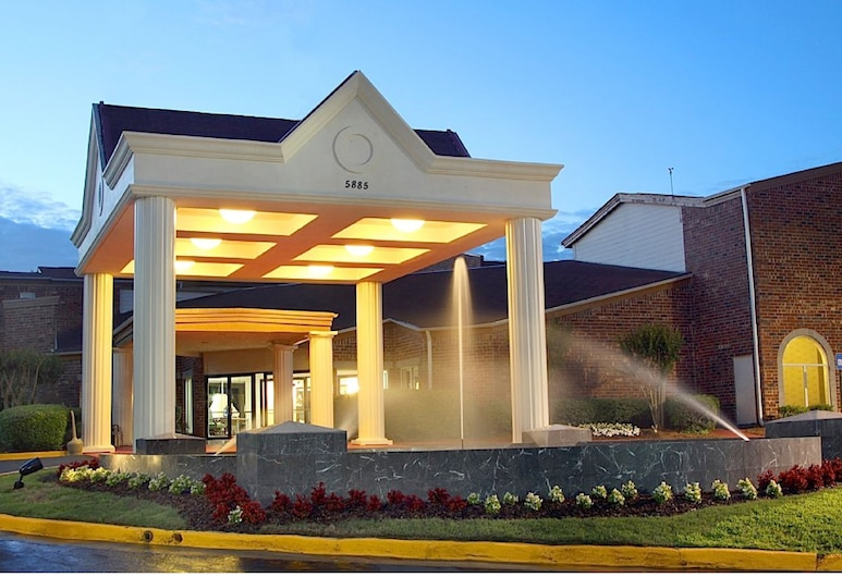 Congress Hotel And Suites, Norcross, Hotel Front