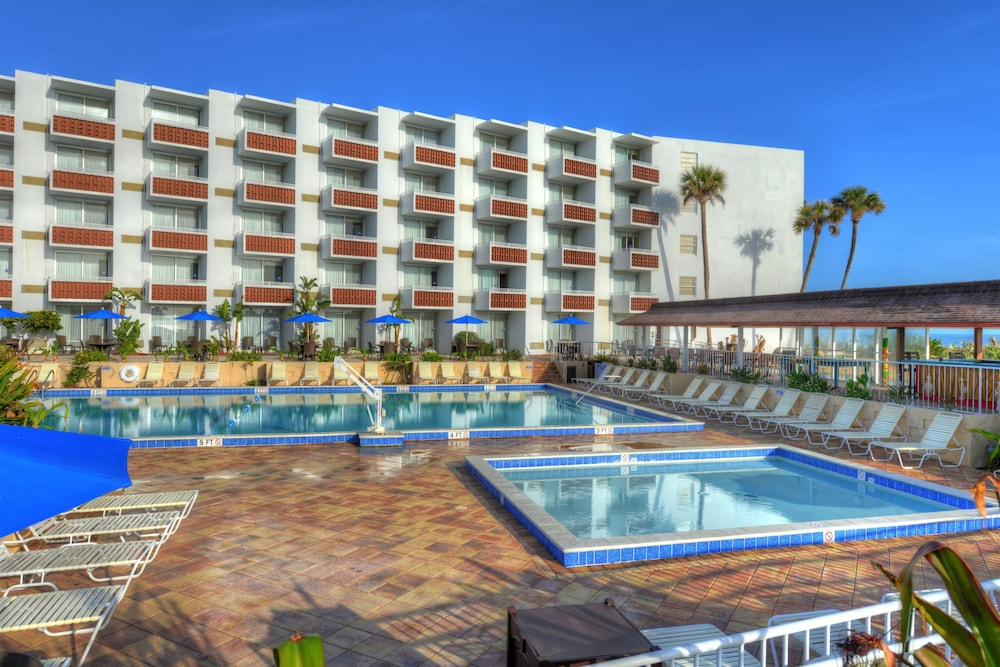 Book best western aku tiki inn daytona beach shores for Best hotels by state