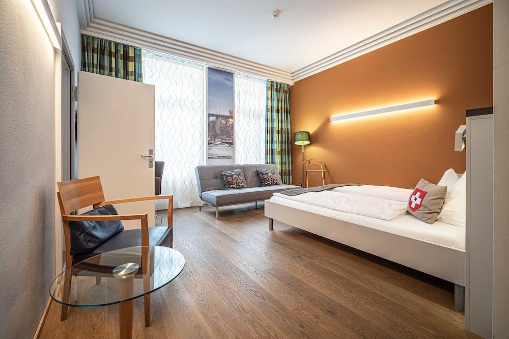 חדר לארבעה (Family) - חדר אורחים