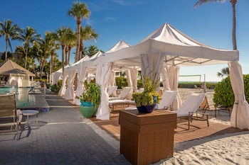 Enter your dates to get the Sanibel hotel deal