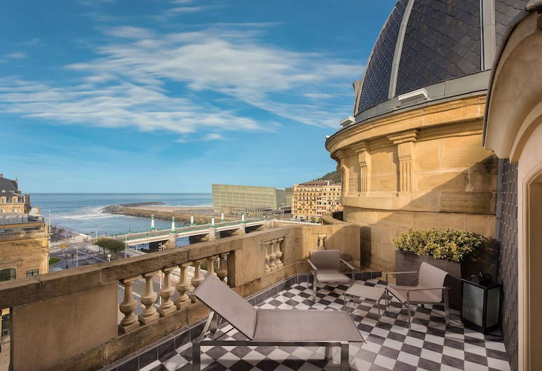 Hotel Maria Cristina, a Luxury Collection Hotel, San Sebastian, Royal Suite, Terrace, Guest Room