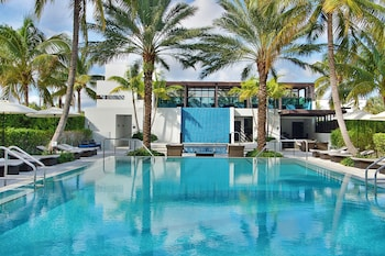 Picture of Tideline Ocean Resort & Spa in Palm Beach
