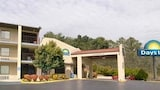 Choose This 2 Star Hotel In Chattanooga
