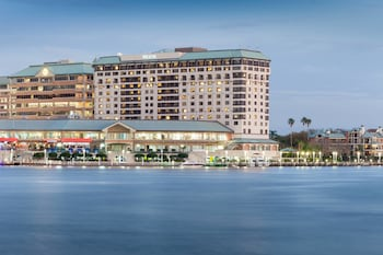 15 Closest Hotels to Port of Tampa in Tampa | Hotels.com on map of hotels in south beach miami, map of san juan pr hotels, map of harrisburg pa hotels, map of hotels in charleston sc, map of providence ri hotels, map of schaumburg il hotels, map of minneapolis mn hotels, map of state college pa hotels, map of seaside heights nj hotels, map of roanoke va hotels, map of cannes france hotels, map of hotels in salt lake city, map of topeka ks hotels, map of san diego ca hotels, map of myrtle beach sc hotels, map of rapid city sd hotels, map of orlando attractions and hotels, map of niagara falls hotels canada, map of hotels in lake tahoe, map of portland map,