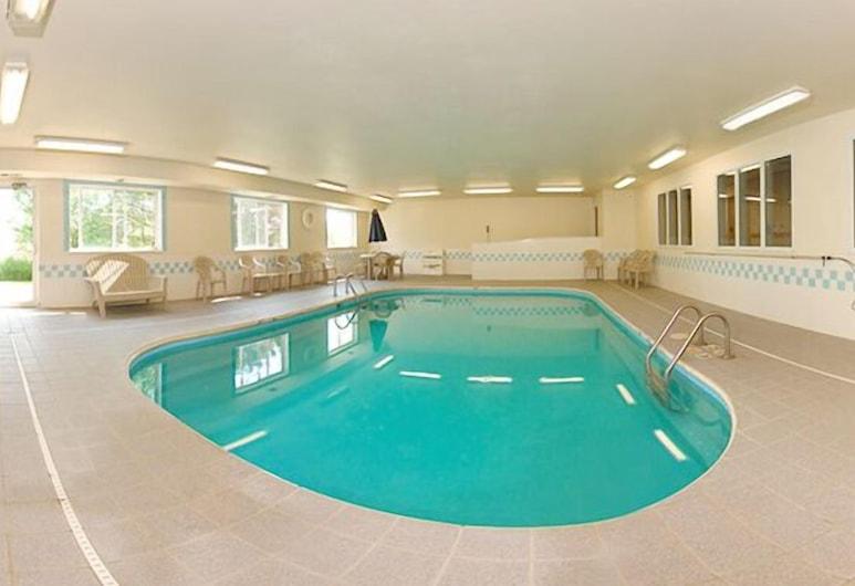 Quality Inn & Suites, Sturgeon Bay, Alberca cubierta
