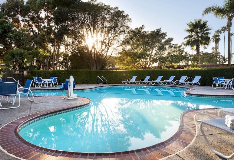 Four Points by Sheraton Ventura Harbor Resort, Ventura, Pool