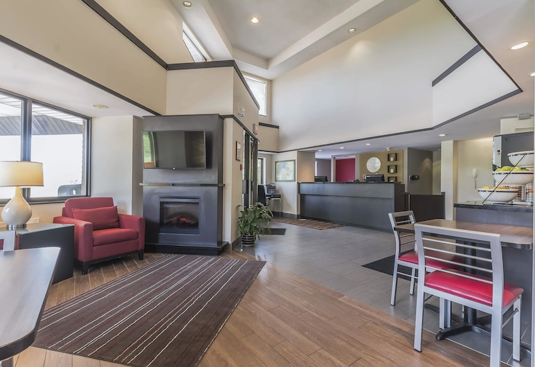 Comfort Inn Cobourg, Cobourg, Lobby