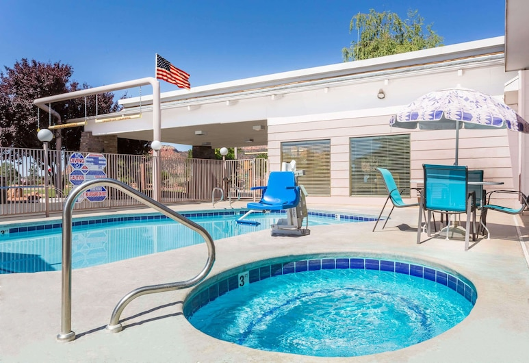 Days Inn & Suites by Wyndham Kanab, Kanab, Piscina