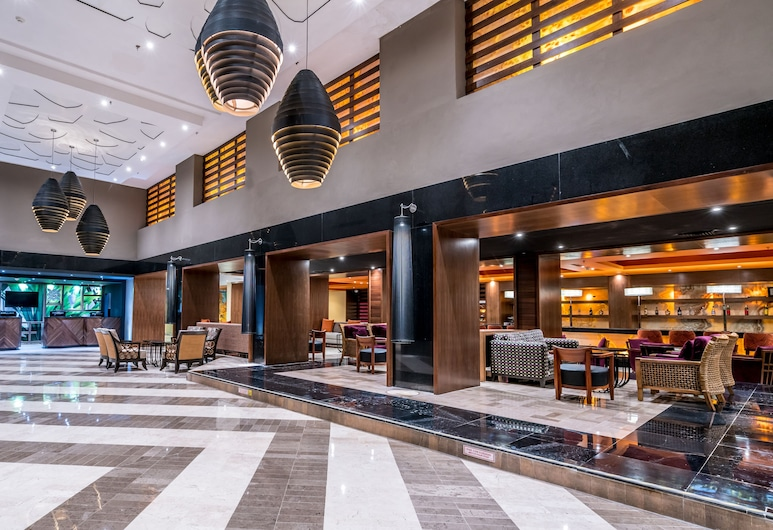 Omni Cancun Hotel and Villas All Inclusive, Канкун, Вхід у приміщення